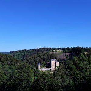 Château de Reinhardstein non loin du B&B Maison Ruthier